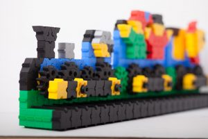 Morphun Bricks Gears Set - Train Against White Background